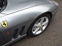 Ferrari 575 - front wing after